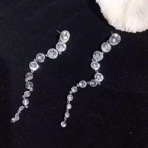Fashion Long Crystals Earrings
